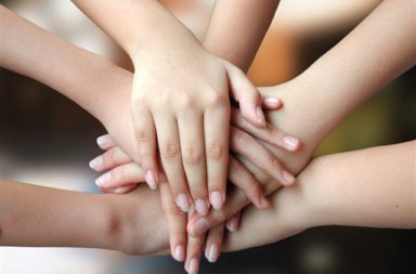 knsb-pomaga-na-45-deca-izgubili-roditelite-si-pri-zlopuluka